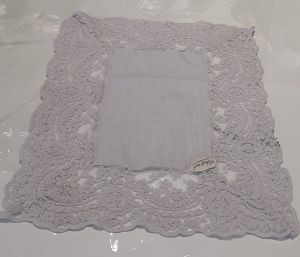Napperon dentelle corinzio gris antique 25x35cm