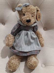 Peluche Carly Louise Mansen
