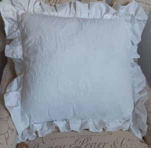 Coussin blanc collection Ornemental Jacquard Blanc Mariclo